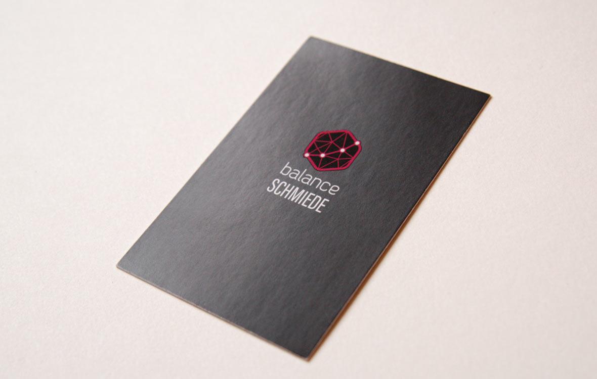 Visitenkarte BalanceSchmiede Drucklack